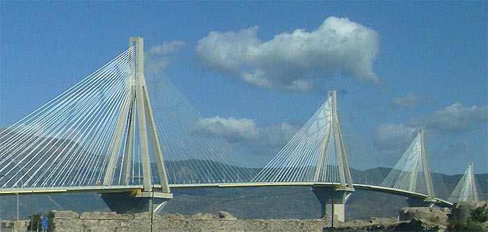 Мост в Патрах. Вид из автобуса.
