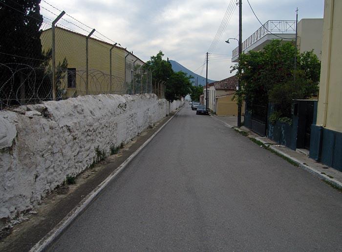 Забор военной части