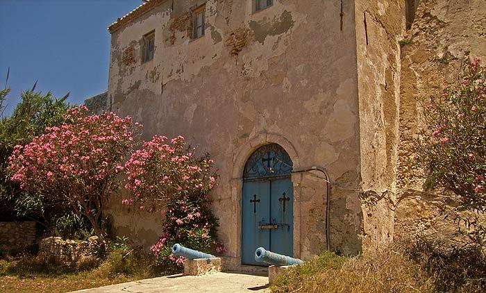 Строфады. Южный остров Стамфани. Преображенский монастырь.
