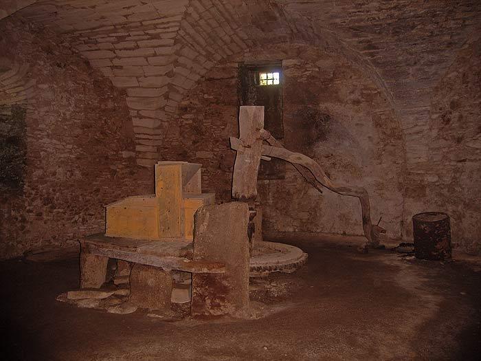 Строфады. Южный остров Стамфани. Преображенский монастырь. Старая мельница.