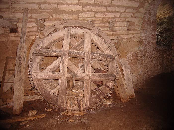 Строфады. Южный остров Стамфани. Преображенский монастырь. ЗИП к старой мельнице.