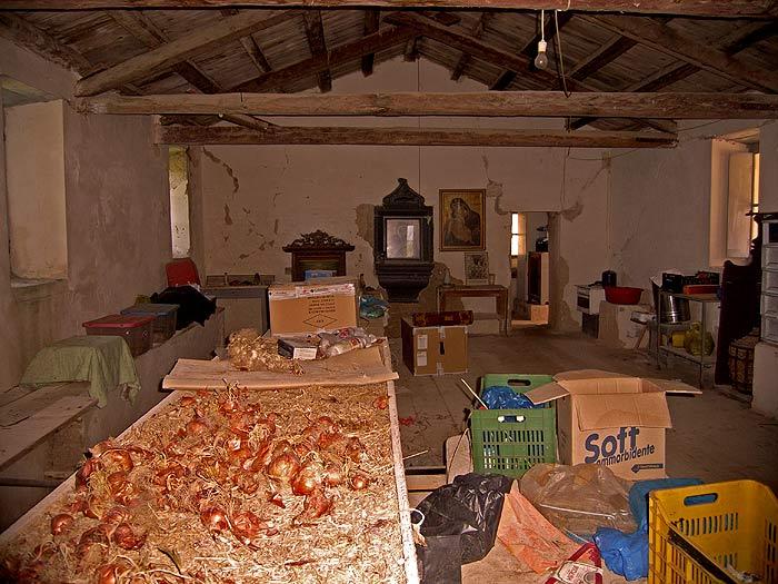 Строфады. Южный остров Стамфани. Преображенский монастырь. Монастырские запасы.