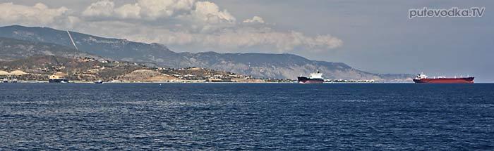 Под Афинами. Залив Сароники. На рейде.