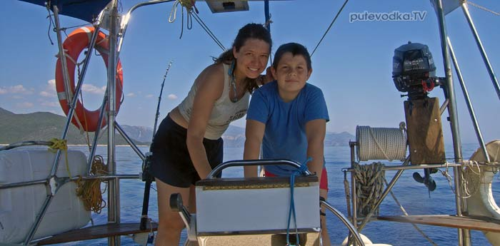 Греция. Яхта Пепелац. Двое Саш.