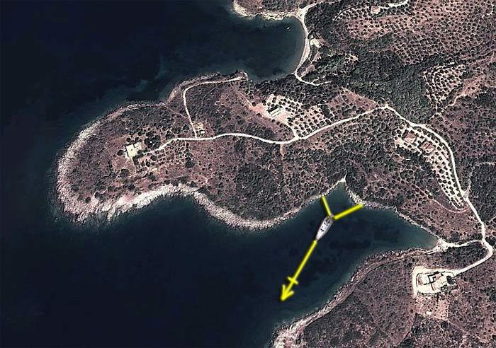 Греция. Пелопоннес. Скутари. Схема якорной швартовки в Штормовой бухте Storm Cove).