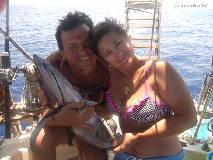 Греция. Ионическое море. Яхта Пепелац. Тунец!