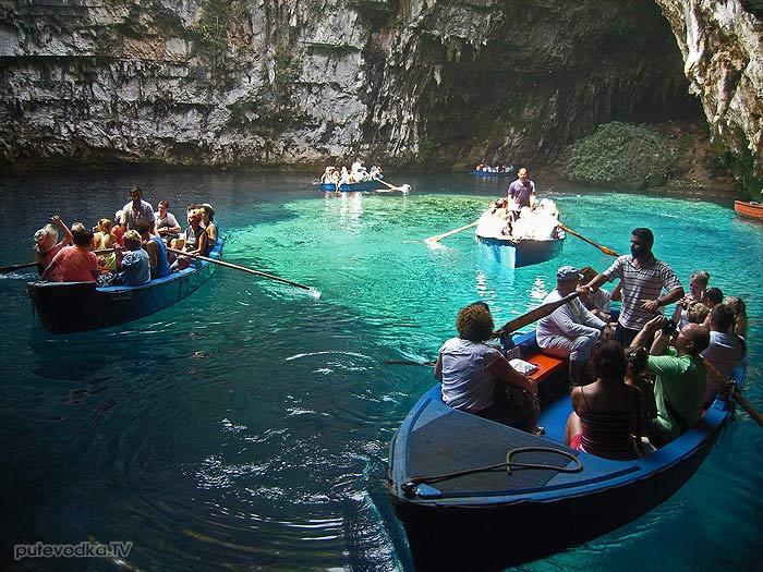 Яхта Пепелац. Греция. Ионическое море. Кефалония. Пещерное озеро Мелиссани.