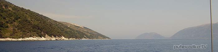 Яхта Пепелац. Греция. Ионическое море. Пролив между островами Кефалония и Итака.