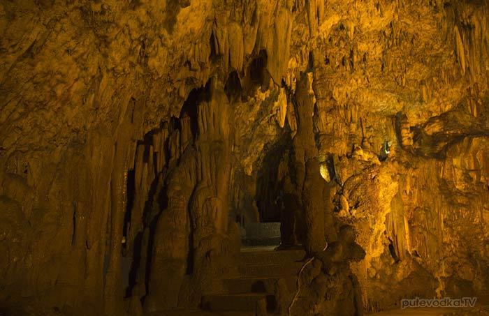 Греция. Ионическое море. О-в Кефалония. Пещера Дрогорати.