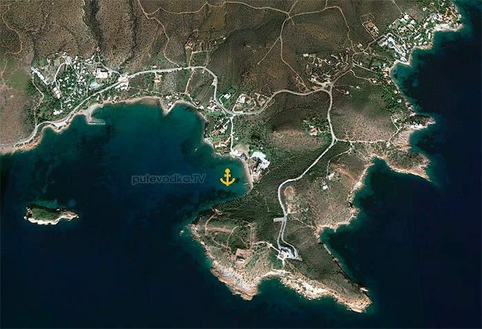 Греция. Киклады. Залив Сунион. Якорная стоянка.