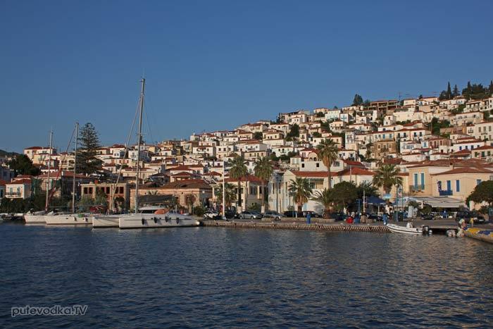 Путеводка. Яхтинг. Греция. Порт Порос.