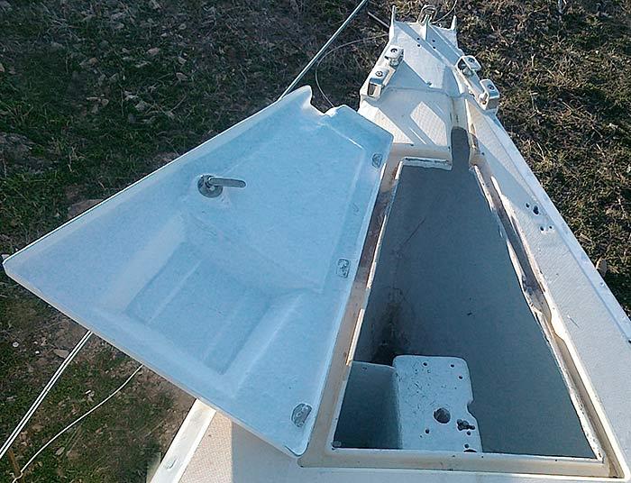 Яхта «Пепелац». Реновация. Цепной ящик.