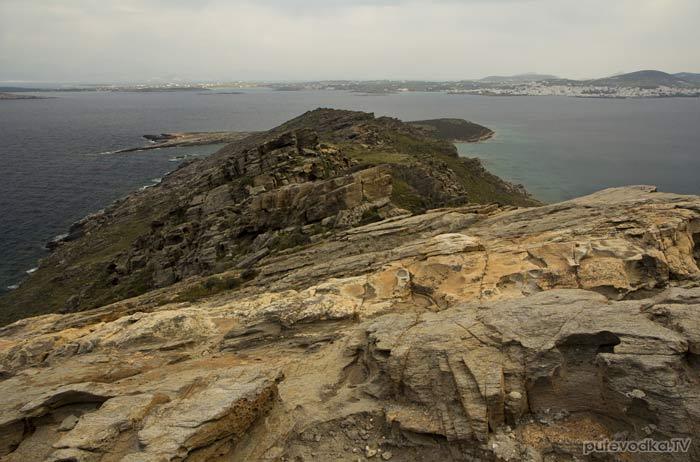 Вид с вершины Стернас на мыс Туркос и мыс Алмирос