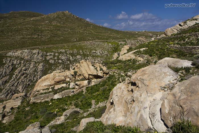 Вид с северо-западного склона холма