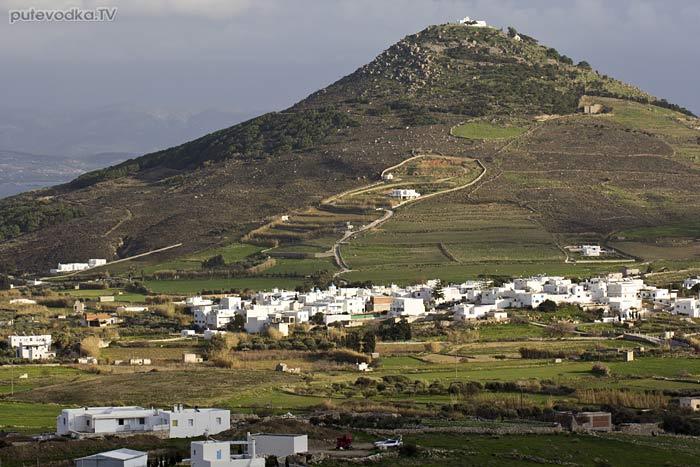 Остров Парос. Византийская тропа. Вид на Холм Кефалос.