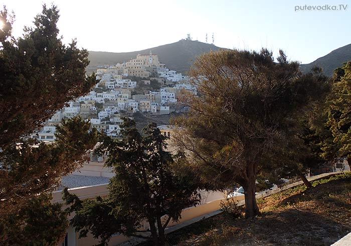 Остров Сирос. Эрмуполис. Верхний город. Вид от храма Св. Анастасиса.